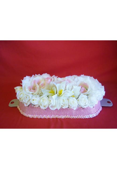 Букет на а/м малый (Розы бел-роз)