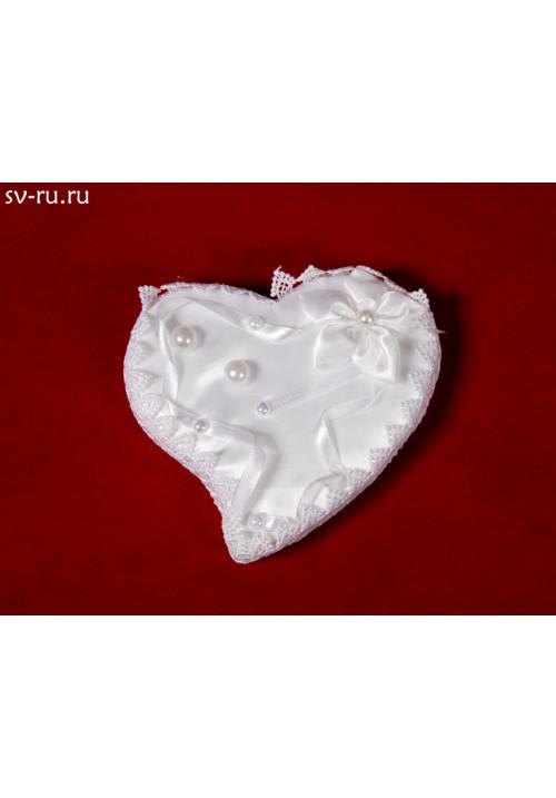 Подставка под кольца в виде сердца белая