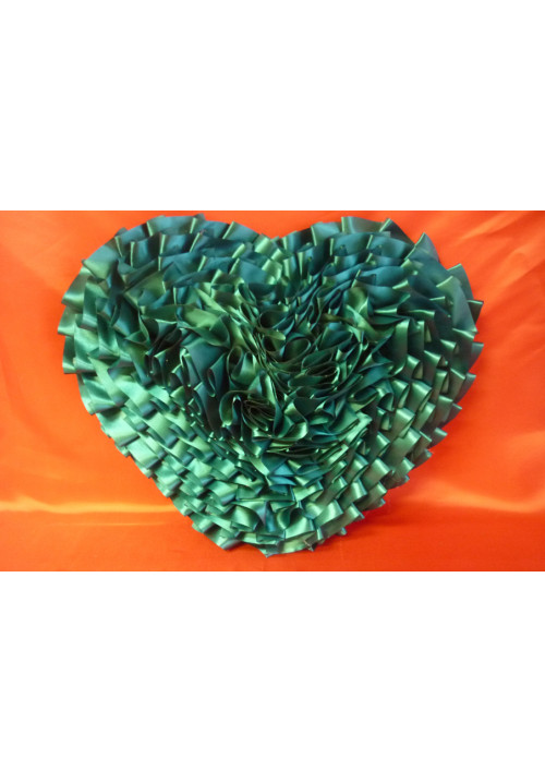 Сердце атлас зелёное